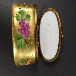 Limoges Trinket Box and other great secondhand gifts for Sale. Our Proceeds go to rescue animals.